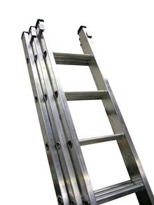 Class 1 Industrial Aluminium Triple Extension Ladders